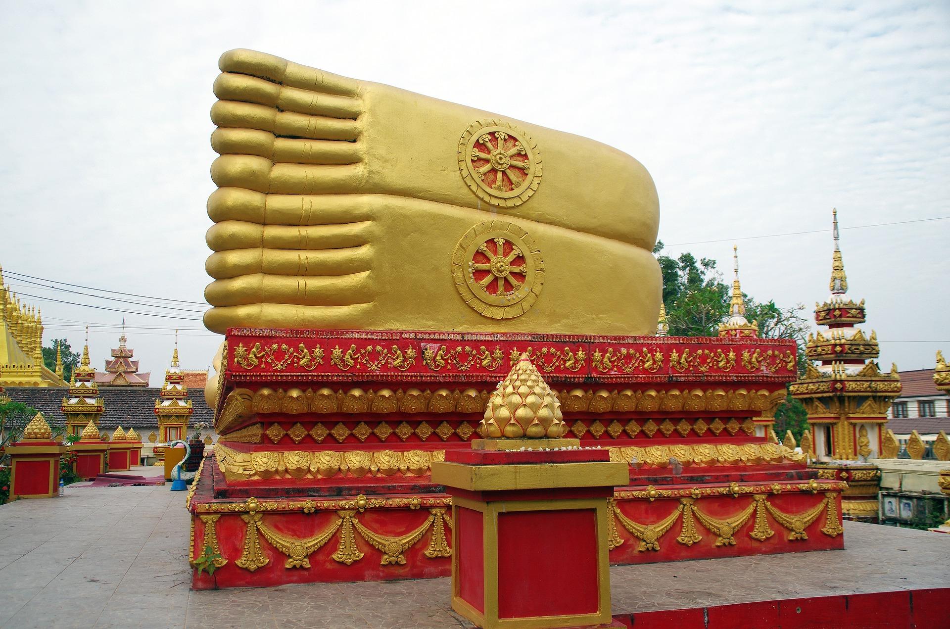 Buddha's feet