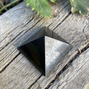 4cm Shungite pyramid