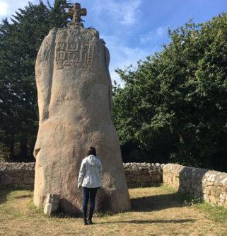 St Uzec Menhir